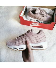 competitive price 77bea a539a Nike Air Max 95 Womens Pink White Trainer