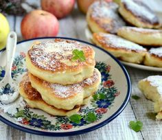 Cook with sweeties: Fluffy pancakes with apples Baby Food Recipes, Sweet Recipes, Cooking Recipes, Polish Recipes, Polish Food, Dinner Dishes, Perfect Food, Desert Recipes, I Love Food