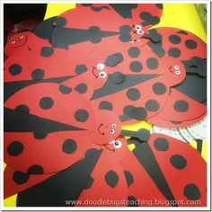 We spent some time last week making butterflies, bees, and ladybugs to go along with out insect unit. Kindergarten Projects, School Art Projects, School Ideas, Eric Carle, Abc Phonics, Insect Crafts, Ladybug Crafts, Twins 1st Birthdays, Classroom Crafts