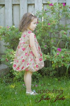 The Bubble Dress a Design by StraightGrain sewn by Sprouting JubeJube
