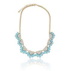 "Clo Clo London - Germaine. Floral faux stones statement necklace Lobster clasp High polish finish Medium weight Length: 47cm (18.5"") - 55cm (21.7"") Décor length: 20cm (7.8"")"
