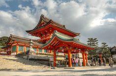 Fushimi Inari Romon (HDR Photo)