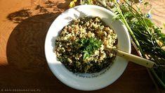 Quinoa, zielona soczewica i pesto z natki pietruszki