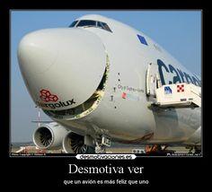 Desmotiva ver - que un avión es más feliz que uno