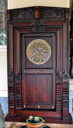 Traditional main door design indian New ideas Wooden Front Door Design, Main Entrance Door Design, Door Gate Design, Wooden Front Doors, Entrance Doors, Barn Doors, Indian Home Design, Indian Main Door Designs, Traditional Front Doors