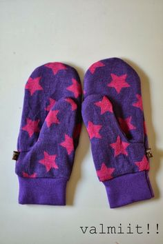 Great tutorial and pattern for mittens - these would be great girt idea!