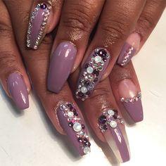 Nail art design idea for coffin shaped nails   ideas de unas