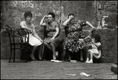 2000 Light Years From Home - napolinostalgia: Bruno Barbey: Naples, 1964 Robert Doisneau, Magnum Photos, Photographie Leica, Vintage Photographs, Vintage Photos, Pont Des Arts Paris, Elena Ferrante, Vintage Italy, Photographer Portfolio