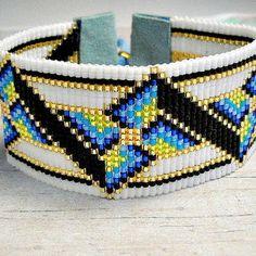 Wide Loom Bead Bracelet, Pinwheel Bracelet, Loom Bracelet, Bead Bracelet, Womens Bracelet