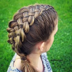 Making Life Happen   Messy Weaved Braid   Hairstyles   Pinterest     I ve finally got round to filming an updated DIY Suspended Infinity Braid  Hair Tutorial  This braid is perfect for long medium and short hair an
