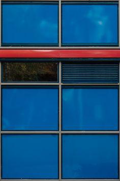 Mestarillisesti nykyaikaan päivitetty graafinen taidenäytös. € 1 290 000. 238,5 m². Liinasaarentie 3 C, Westend. Betjäning på svenska. Service in English