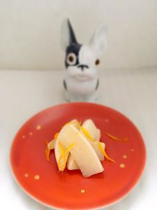 tsukemono de radis blanc aux agrumes Tsukemono, Pickles, Eggs, Breakfast, Noir Style, Table, Food, Sprouts, Chinese Cabbage