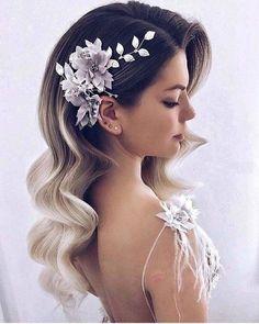 35 fabulous ideas for long bridal hair waves for 2018 - Frauen Frisuren - Hochsteckfrisur Long Hair Wedding Styles, Wedding Hairstyles For Long Hair, Hair Comb Wedding, Wedding Hair And Makeup, Wedding Beauty, Short Hair Styles, Hair Makeup, Trendy Wedding, Diy Wedding