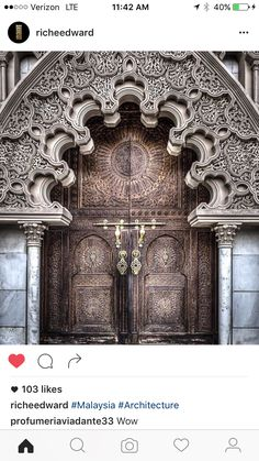 Its official, I HAVE to go to Morocco Astaka Morocco's door gate, Putrajaya Malaysia Cool Doors, Unique Doors, The Doors, Entrance Doors, Doorway, Windows And Doors, Grand Entrance, Islamic Architecture, Beautiful Architecture
