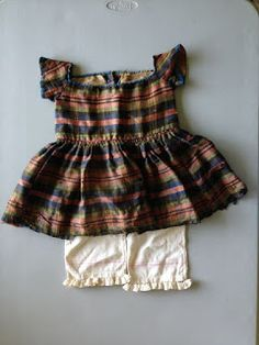 Antique toddler's outfit, c. 1860.  http://annquiltsblog.blogspot.com/2017/08/19th-century-toddlers-outfit.html