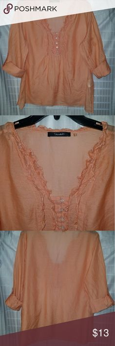 Tahari Blouse TAHAR *L* Cotton and silk material Peach/Orange color TAHARI Tops Blouses