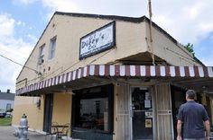 Lil Dizzy's Cafe - The best breakfast buffet in town.