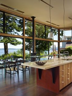 ok so this is not in portola valley but the architects designs would work beautifully - Portola Kitchen