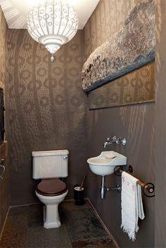Revestimiento de piedras en paredes interiores for Duchas modernas sodimac