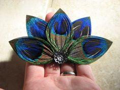 Half Split-Petal Star Flower Peacock Feather Hair Clip Fascinator