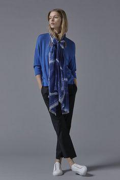 Kare Cashmere Shawl in Ultramarine / White Cashmere Throw, Cashmere Shawl, Cashmere Wool, Luxury Lifestyle, Dressing, Gowns, Silk, Denim, Cotton