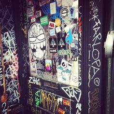 Sticker art / London