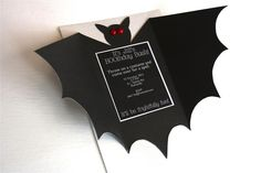Perfect Halloween Birthday Party Cards #Batty!