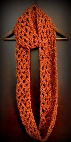 Free Pattern: Diamond Lattice Chain Crochet Infinity Scarf | Classy Crochet
