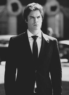 Ian Somerhalder: What Fans Should Know About The Vampire Diaries Star – Celebrities Woman Vampire Diaries Damon, Ian Somerhalder Vampire Diaries, Vampire Diaries Wallpaper, Vampire Diaries The Originals, Stefan Salvatore, Damon Salvatore Tumblr, Beautiful Boys, Gorgeous Men, Le Rosey