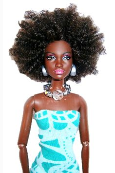 19 Iconic Natural Hair Moments In History #refinery29  http://www.refinery29.com/natural-hair-history#slide17  Natural Girls United! Dolls Sick and tired of seeing Barbies with pin-straight strands, Karen Byrd took matters into her own hands and created ones with naturally textured hair. The result: stylish dolls — with Afros, curls, and locs — that represent a wider, more inclusive, range of beauty.