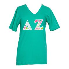 Delta Zeta Lilly Don't Give A Cluck Stitched Letter Tshirt ($37) ❤ liked on Polyvore featuring tops, t-shirts, stitch t shirt, green tee, green t shirt, stitch top and letter t shirts