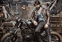 Yash (Kannada Actor) - Yash Ucominh movie is KGF which is produced by Farah Akhtar. Yash first debut movie is Jambada Hudugi F Movies, Movies 2019, Action Movies, Download Free Movies Online, Actor Picture, Actor Photo, Hindi Movies Online, Actors Images, Hd Images