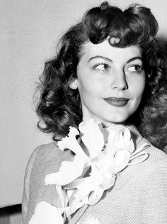 Ava Gardner on the day of her wedding to Artie Shaw, 17 October 1945