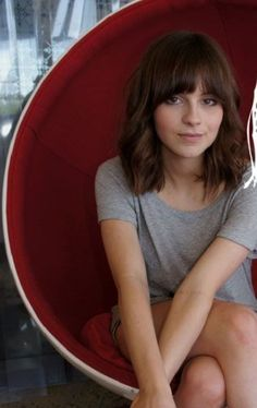 Gabrielle Aplin (and my next hair cut i think...)