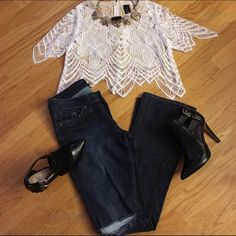 """Lucky Brand Lola Boot Jeans Lola Boot Jeans in great condition Size 4/27"""" Measurement 32"""". Lucky Brand Jeans Boot Cut"""