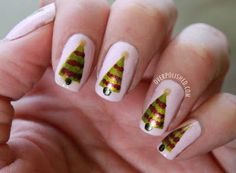 Classy and Simple Christmas Nail Art Designs for Stylish Girls