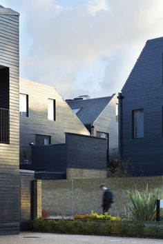 Alison_brooks_architects_newhall_05_roofscape