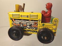 MARX SPARKING TRACTOR W/DRIVER TIN LITHO #X4723 #Marx