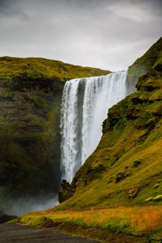nature-hiking: Skogafoss - Iceland August 2017 photo by. 2017 Photos, Travel Bugs, Mother Earth, Finland, Beautiful Places, Hiking, Ocean, Sky, Adventure