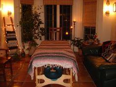 The Reiki Digest: A Northbrook, Illinois Reiki room Massage Therapy Rooms, Massage Room, Reiki Room, Esthetician Room, Meditation Rooms, Treatment Rooms, Northbrook Illinois, Design, Home Decor