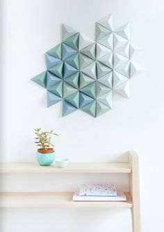 Love the wall art. I've got to recreate that with origami somewhere in the house.