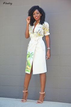 Floral Button-Down Shirt + Coyote Print Skirt / Fashion by Style Pantry Printed Skirt Outfit, Printed Skirts, Skirt Outfits, Classy Outfits, Casual Outfits, Summer Outfits, Work Outfits, Skirt Fashion, Fashion Outfits