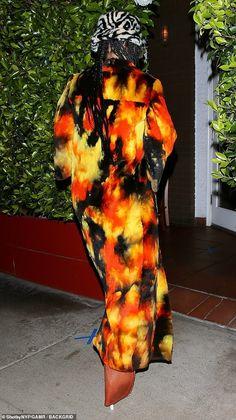 Rihanna You, Rihanna Style, Rihanna Fenty, Tie Dye Coats, Style And Grace, Pattern Mixing, Fashion Details, Business Women, Style Icons