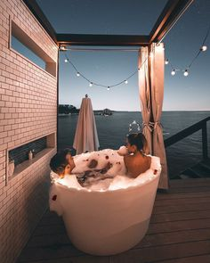 New bath romantic couple posts Ideas Life Goals, Relationship Goals, Relationships, Bath Time, Couple Goals, My Dream, Relax, In This Moment, Adventure