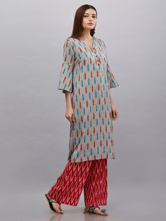The Loom- An online Shop for Exclusive Handcrafted products comprising of Apparel, Sarees, Jewelry, Footwears & Home decor. Kurta Designs Women, Blouse Designs, Different Types Of Dresses, Kurta Patterns, Ikkat Dresses, Fashion Vocabulary, Ladies Tops, Neck Design, Woman Clothing