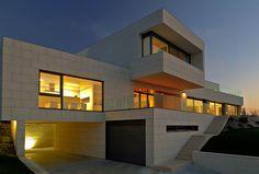 Vivienda Unifamiliar en Perbes-Miño, Galicia, España on Architecture Served