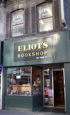 Eliot's Bookshop, Toronto I Love Books, Books To Read, Cafe Shop, Shop Fronts, World Of Books, Old Books, Library Books, Nooks, Book Quotes