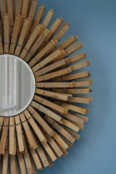 DIY clothespin sunburst mirror - wouldn't this be fun in a laundry room? Clothes Pin Wreath, Starburst Mirror, Do It Yourself Home, Diy Home Decor, Creations, At Least, Diy Projects, Craft Tutorials, Craft Ideas