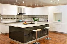 Modern design American style kitchen and bath cabinets. All made with quality solid wood doors and durable plywood boxes. Shop Cabinets, Bath Cabinets, Kitchen Cabinets, Kitchen And Bath, New Kitchen, Kitchen Floor, San Jose, Green Kitchen Island, Vanity Cabinet