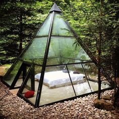 Would you sleep here for a weekend to clear your mind? No wifi no TV